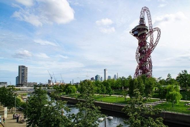Κήπος στο Ολυμπιακό Πάρκο του Λονδίνου για τα θύματα της πανδημίας