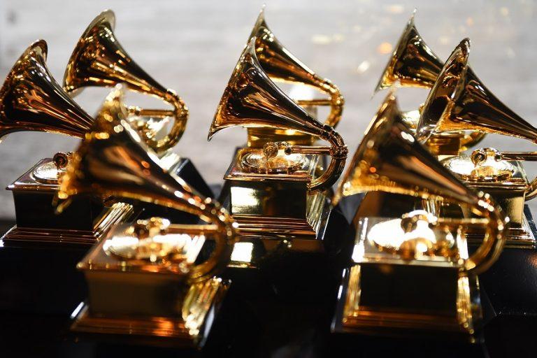Αναβάλλεται η τελετή των Βραβείων Grammy για τις 14 Μαρτίου