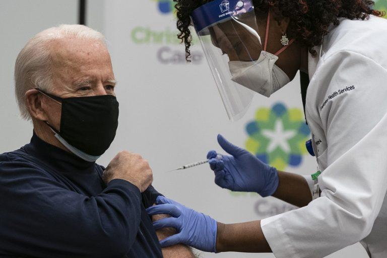 Τη δεύτερη δόση του εμβολίου κατά του κορωνοϊού θα κάνει σήμερα ο Τζο Μπάιντεν