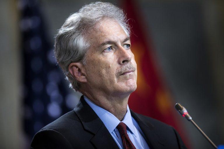 Τον διπλωμάτη Ουίλιαμ Μπερνς προορίζει ο Τζο Μπάιντεν για τη θέση τού επικεφαλής της CIA