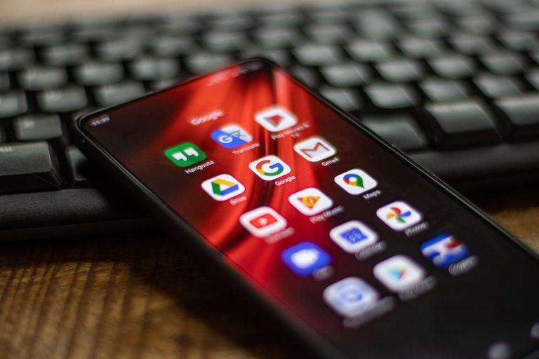 To Ευρωκοινοβούλιο καλεί τους Big Tech σε ανάκριση