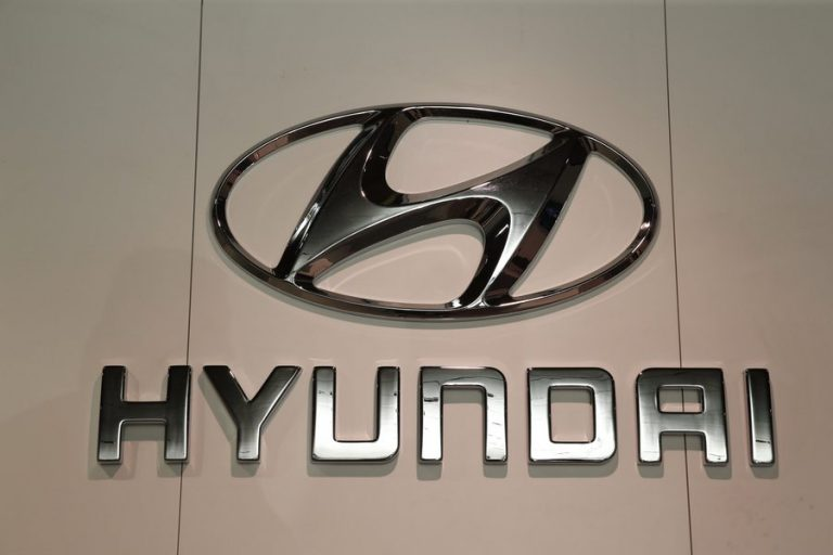 Hyundai και Apple ετοιμάζονται να δώσουν τα χέρια για παραγωγή ηλεκτρικών αυτοκινήτων