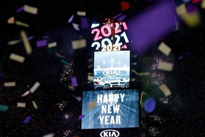 2021: Ο πλανήτης γιόρτασε ήσυχα και ιδιωτικά την έλευση του νέου έτους, υπό τη σκιά της πανδημίας