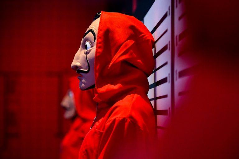 Οι πέντε σειρές του Netflix που έσπασαν ρεκόρ τηλεθέασης
