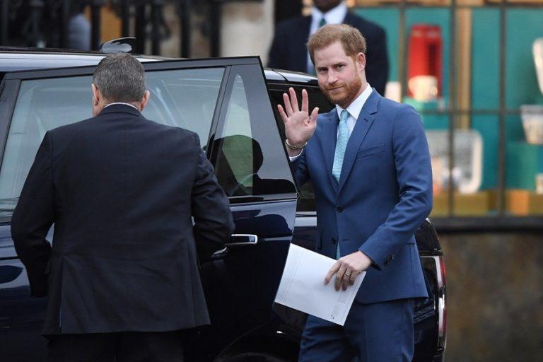 Πρίγκιπας Χάρι: «Η παραπληροφόρηση στα social media είναι σοβαρή απειλή για τη δημοκρατία»