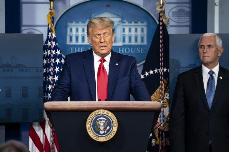 Εκνευρισμένος με όλους ο Τραμπ για τη νέα παραπομπή- Ζήτησε να μην πληρωθεί ο Τζουλιάνι