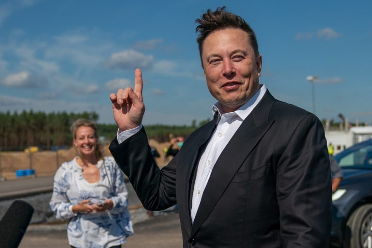 Φόρος πλούτου: Τα ιλλιγιώδη ποσά που θα πληρώσουν Jeff Bezos, Elon Musk και Bill Gates αν περάσει η πρόταση