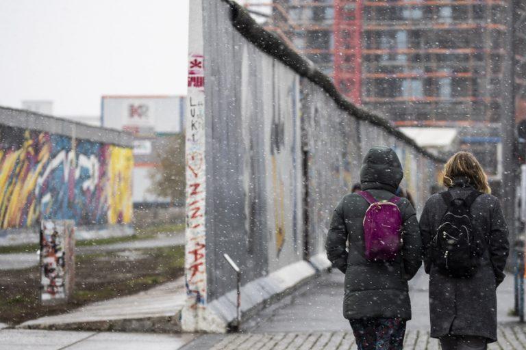 Παράταση του lockdown ως την 28η Μαρτίου στη Γερμανία – Σταδιακή άρση των περιορισμών από Δευτέρα