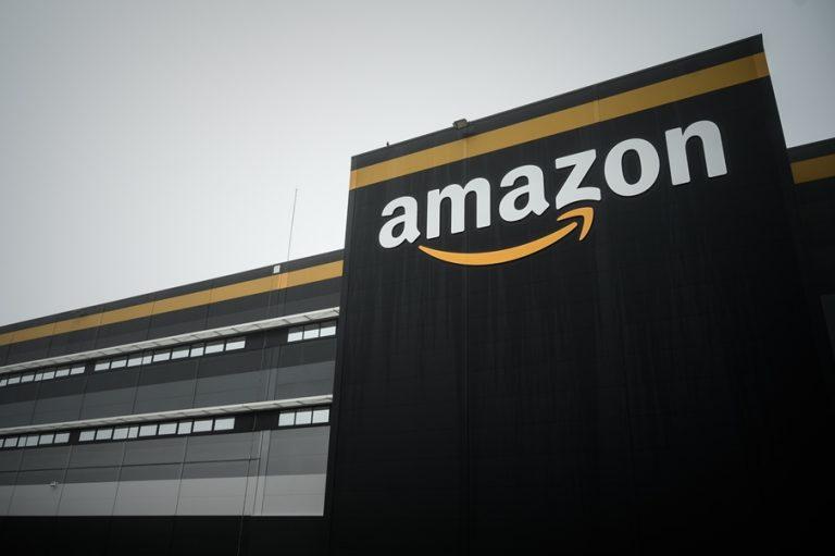 Η Amazon προχωρά στο μεγαλύτερο κύμα προσλήψεων στην ιστορία της