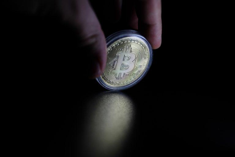 O δεκάλογος για επενδύσεις σε Bitcoin – Οι ευκαιρίες και τι πρέπει να προσέξετε