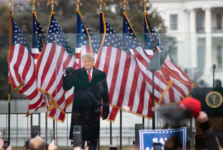 Το ατιμωτικό τέλος μιας τοξικής προεδρίας