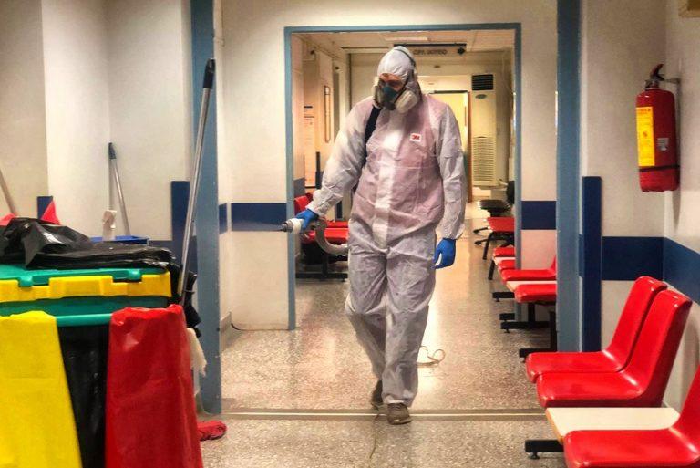 Η «βρετανική» μετάλλαξη του κορωνοϊού αυξάνει την πιθανότητα θανάτου κατά 35%