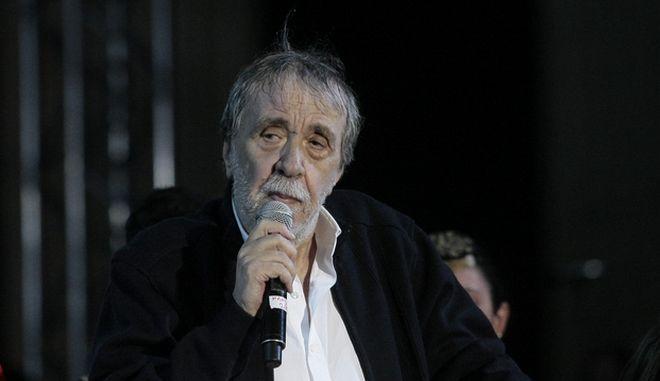 Έφυγε από τη ζωή ο τραγουδιστής Αντώνης Καλογιάννης