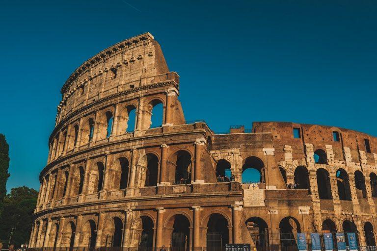 Στο 9,5% του ΑΕΠ σκαρφάλωσε το έλλειμμα της Ιταλίας το 2020 λόγω πανδημίας