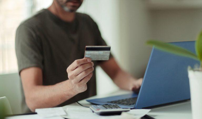 E-commerce: Από τον στίβο του λιανεμπορίου σε νέα τερέν ανταγωνισμού