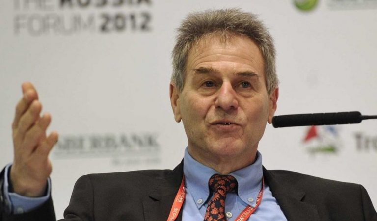 Charles Wyplosz στο Fortune: «Πρώτα η ανάκαμψη και μετά η ανησυχία για ελλείμματα – χρέη»
