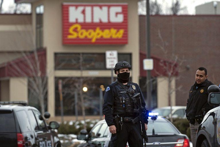 Μακελειό στο Κολοράντο: Δέκα νεκροί από πυροβολισμούς σε σούπερ μάρκετ