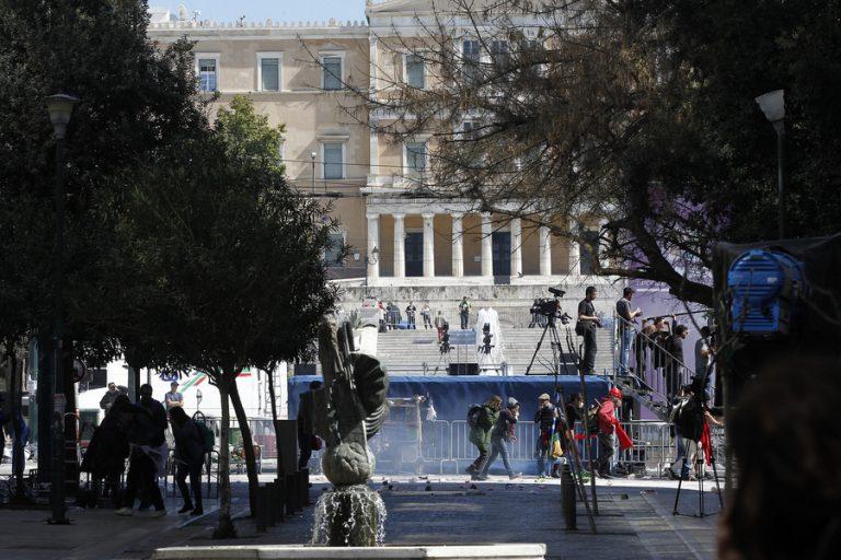 Ο «Greek Freak», ο Ντάνιελ Κρέγκ, και ένας τρίτος…«Γάμος αλά Ελληνικά»: Το Χόλιγουντ έρχεται στην Ελλάδα