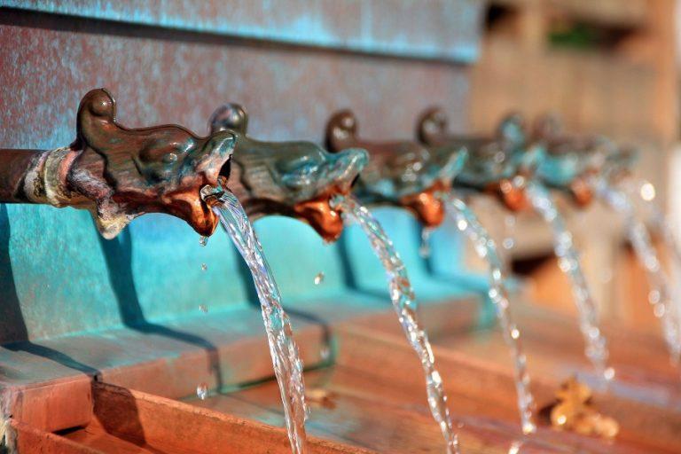 Και όμως: Οι περισσότεροι άνθρωποι στη Γη εξακολουθούν να μην εκτιμούν αρκετά την αξία του νερού