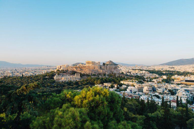 «Πράσινο φως» από την Κομισιόν για το πρόγραμμα 800 εκατ. ευρώ στον ελληνικό τουρισμό