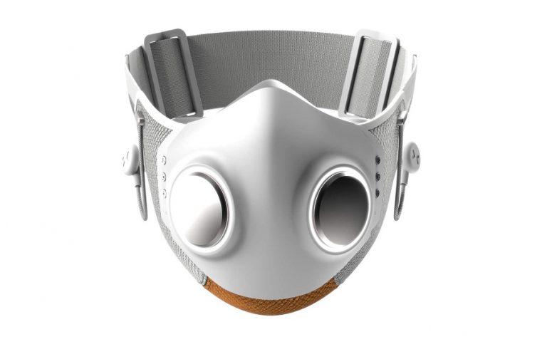 Αυτή είναι η πρώτη «έξυπνη» μάσκα κατά του κορωνοϊού που… παίρνει μέχρι και τηλέφωνο