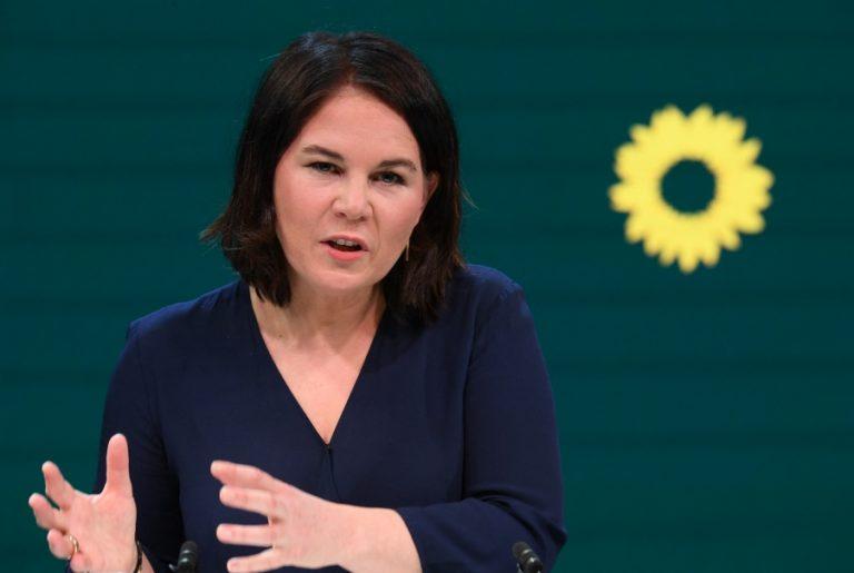 «Πράσινος σεισμός» στη Γερμανία: Πώς η υποψήφια καγκελάριος Αναλένα Μπέρμποκ αλλάζει τις ισορροπίες