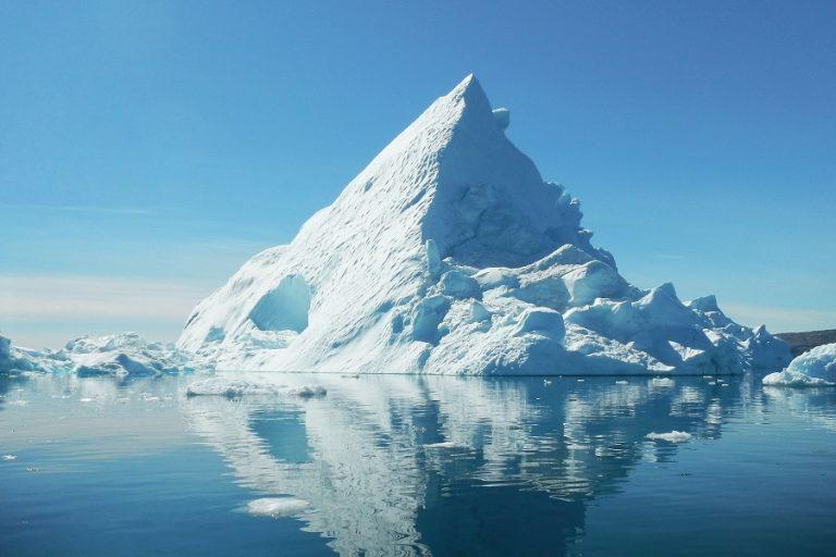 Κλιματική αλλαγή: Η τήξη των πάγων μετατόπισε τον άξονα της Γης