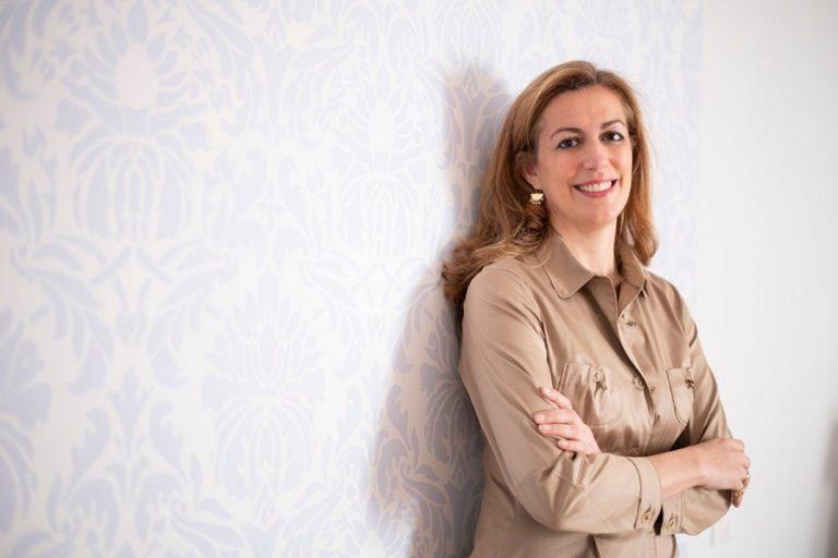 Μαίη Ζαννή: «Η κοινωνία ακόμα και τώρα θεωρεί ότι μια γυναίκα δεν μπορεί να τα κάνει όλα»