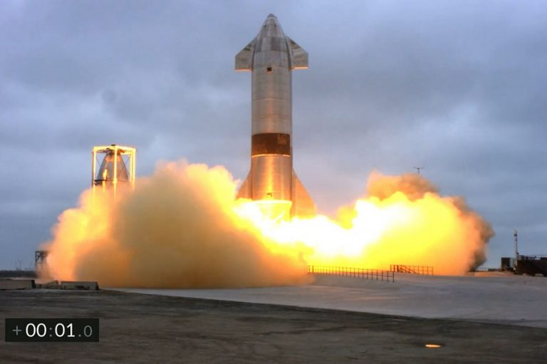 H SpaceX ξεκινά τις δοκιμές δρομολογίων του διαστημοπλοίου της εντός της Γης