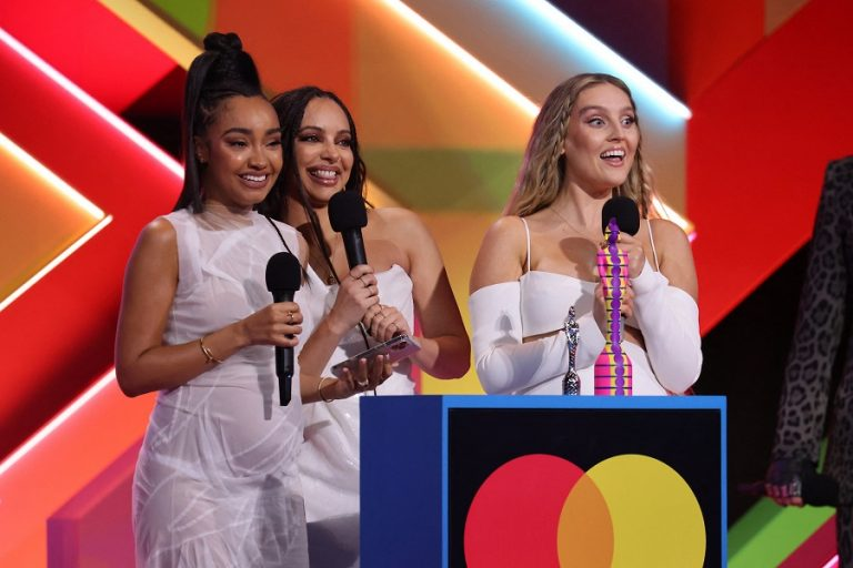 BRIT Awards 2021: Οι μεγάλοι νικητές της εντυπωσιακής βραδιάς (Βίντεο)