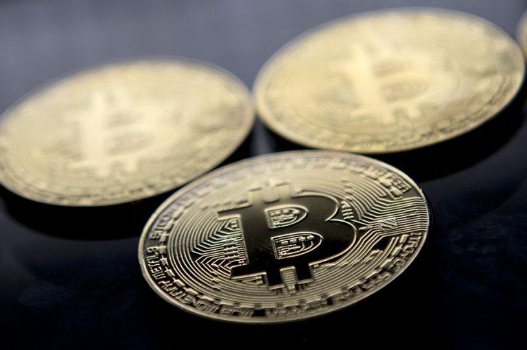 Ο «τυφώνας Μασκ» σαρώνει το Bitcoin