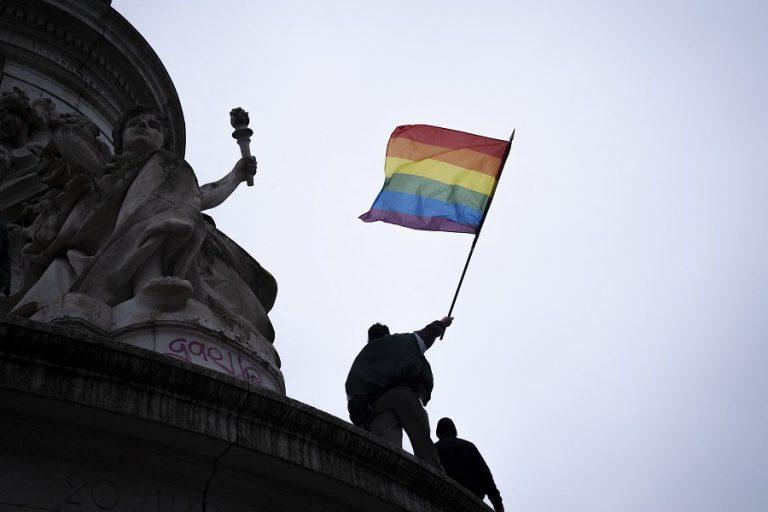 ΕΕ για Ημέρα κατά της Ομοφοβίας: «Όλοι γεννιούνται ίσοι στην αξιοπρέπεια και τα δικαιώματα»
