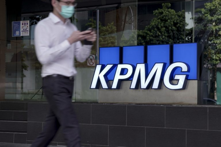 KPMG: Απειλή για την «πράσινη» ανάπτυξη οι ελλείψεις πρώτων υλών