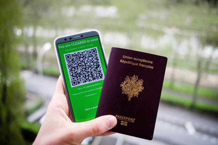 Η Ευρώπη πλησιάζει περισσότερο στην έγκριση διαβατηρίων εμβολιασμού για τον COVID. Ιδού οι λεπτομέρειες