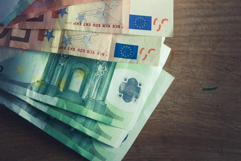 Πέτσας: Κατάργηση εισφόρων, μειώσεις σε ΦΠΑ και τιμολόγια ρεύματος