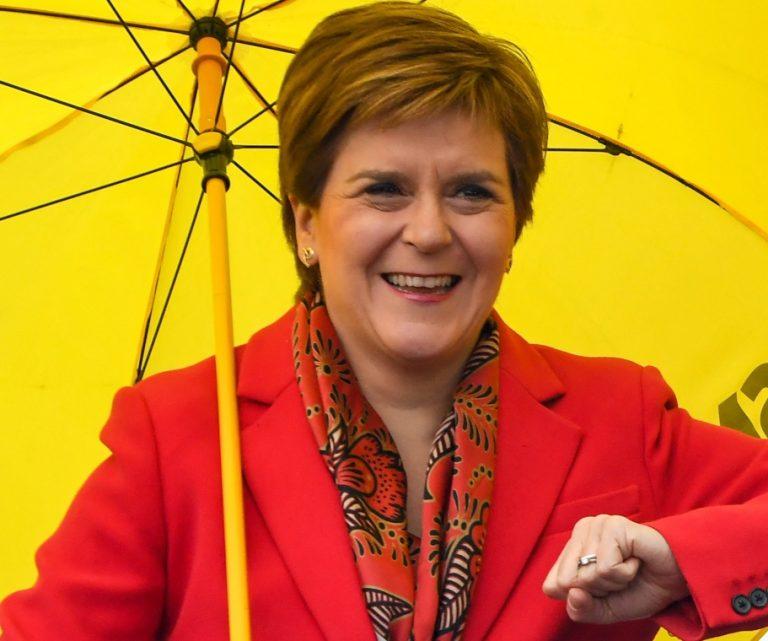 Σκωτία: Νίκη για το Εθνικό Κόμμα και «Μανιφέστο ανεξαρτησίας» από την Νίκολα Στέρτζιον