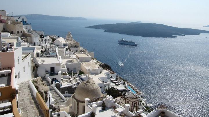 To νέο αφήγημα του ελληνικού τουρισμού – Επικοινωνιακή καμπάνια του ΕΟΤ ύψους 22 εκατ. ευρώ