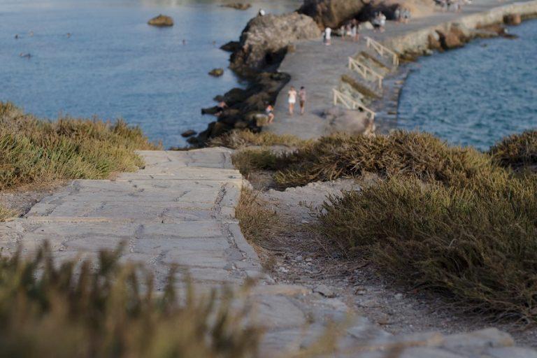 «Ύμνος» της Daily Telegraph για τη Νάξο: Kορυφαίο νησί για τους Βρετανούς