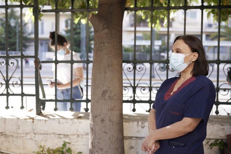 Πότε και πού είναι υποχρεωτική η χρήση μάσκας- Πελώνη: Δεν υπήρξε ποτέ απαλλαγή