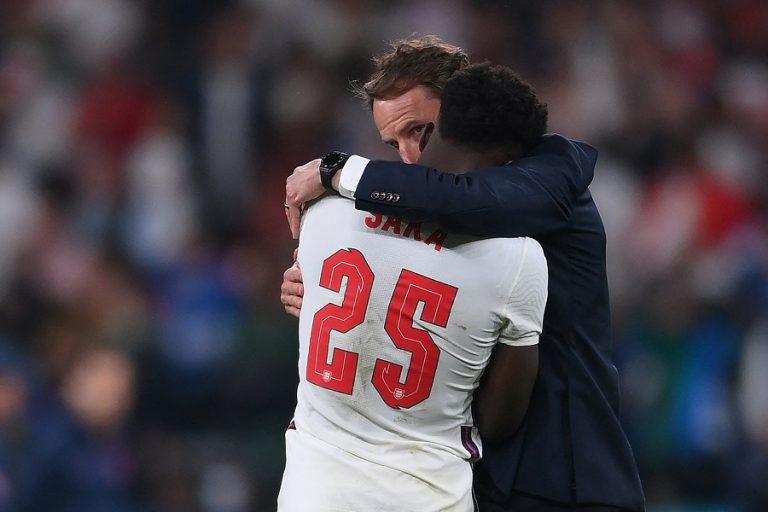Αγγλικός Τύπος για την ήττα στον τελικό: «Oh no! Not again»