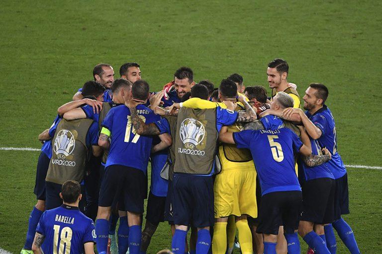 Οι Ιταλοί ανοίγουν το «Ολίμπικο» για τον τελικό