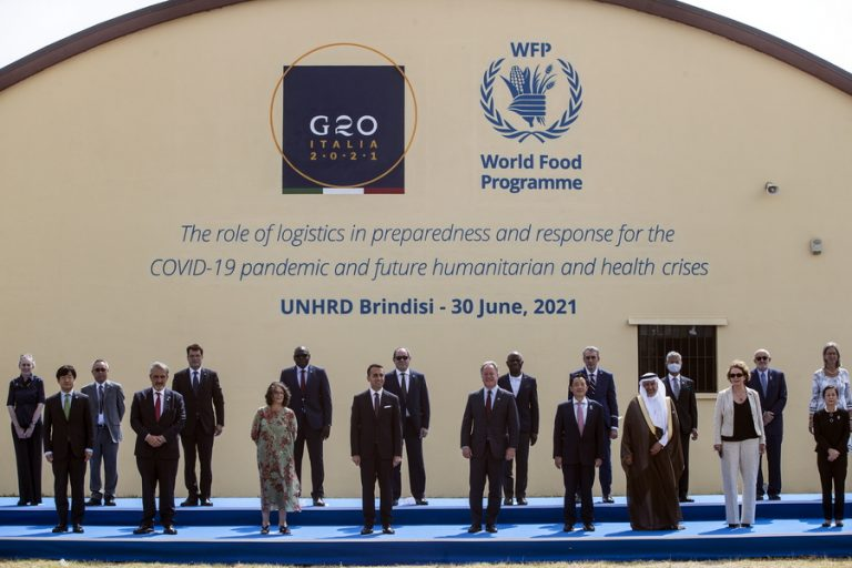 H Κομισιόν χαιρετίζει την «ιστορική συμφωνία» των G20 για τη φορολόγηση των πολυεθνικών