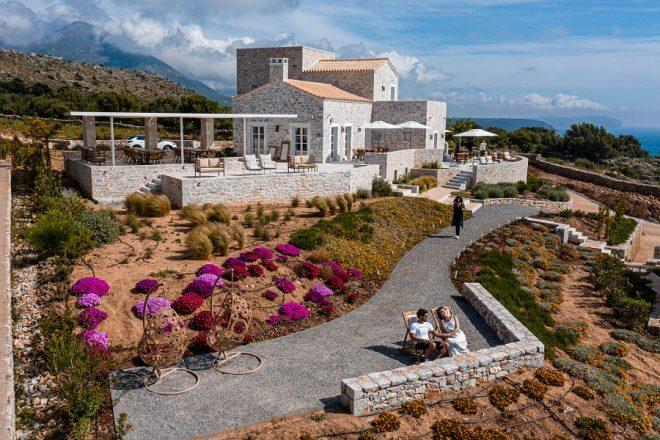 Ariá Estate Suites and Spa: Υπογραμμίζοντας τη μοναδικότητα της Μάνης, σχεδιάζει μία αυθεντική εμπειρία ζωής για τους ταξιδιώτες