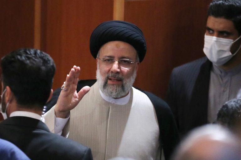 Νέος πρόεδρος στο Ιράν ο Εμπραχίμ Ραϊσί- Ποιος είναι, οι διαφορές με τον Ροχανί