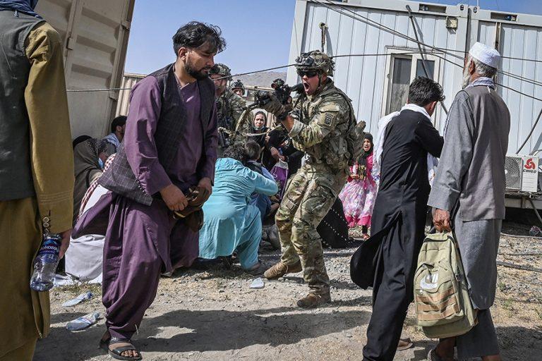 Ανταλλαγή πυρών στο αεροδρόμιο της Καμπούλ, ένας νεκρός Αφγανός