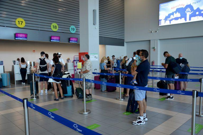 «Ανάσα» για τις αφίξεις ξένων τουριστών τον Ιούλιο