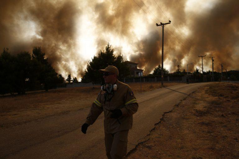 Στη μάχη κατά των πυρκαγιών οι ξένοι πυροσβέστες- Ποιες χώρες έστειλαν βοήθεια