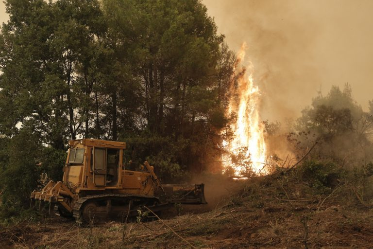 Νέα εναέρια μέσα πυρόσβεσης στέλνει η Ρωσία- Άμεση ανταπόκριση στο αίτημα της Ελλάδας
