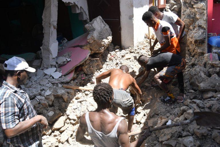 Εκατόμβη νεκρών από φονικό σεισμό 7,2 Ρίχτερ στην Αϊτή