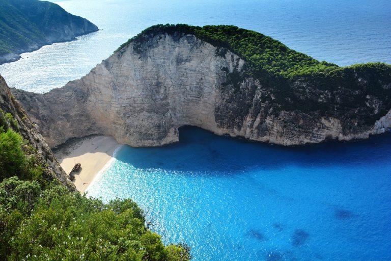 Μία ελληνική παραλία ανάμεσα στις δέκα ωραιότερες του κόσμου